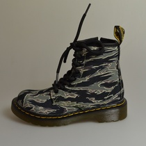 delaney camo green dr martens