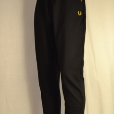 trainingsbroek fred perry taped zwart t8500-102