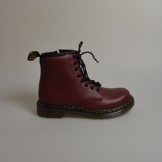 dr martens delaney cherry red