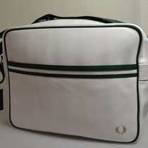 classic shoulder bag fred perry wit groen l8311