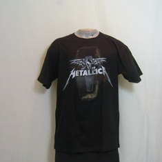 t-shirt metallica winged coffin guy