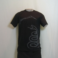 t-shirt metallica black album