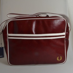 schoudertas fred perry rood